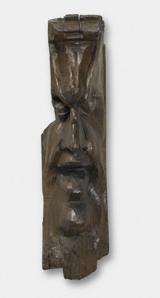 Corbeau de charpente Masque d'homme grimaçant Images d u2019Art # Corbeau Bois Charpente