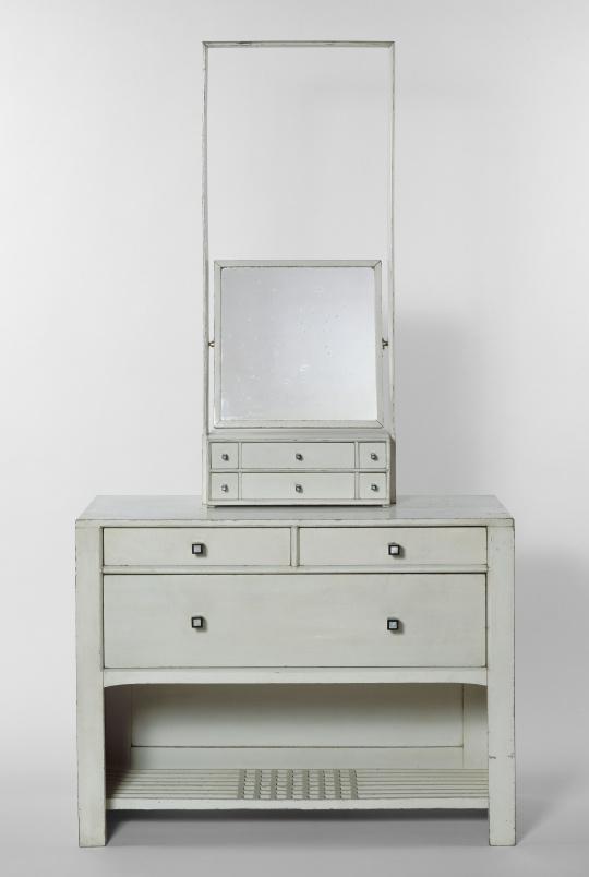 Charles rennie mackintosh partie d 39 un mobilier de for Mobilier chambre blanc