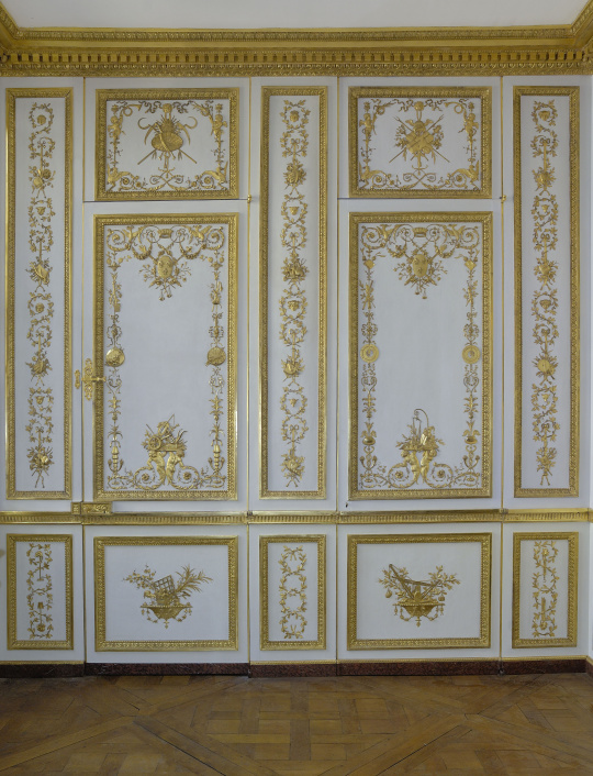versailles cabinet de la garde robe de louis xvi images d art. Black Bedroom Furniture Sets. Home Design Ideas