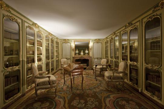 """Résultat de recherche d'images pour """"appartements de Madame Victoire"""""""